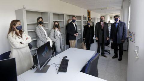 El director general de Justicia, Juan José Martín, en su visita junto al presidente del Tribunal Superior de Xustiza de Galicia (TSXG), José María Gómez y Díaz-Castroverde, al espacio en el que se ubicará el nuevo juzgado de lo Social
