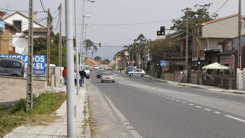 Uno de los contendientes disparó sobre una de las viviendas que se abren a la carretera general que une Vilanova con Vilagarcía, en la parroquia de Caleiro