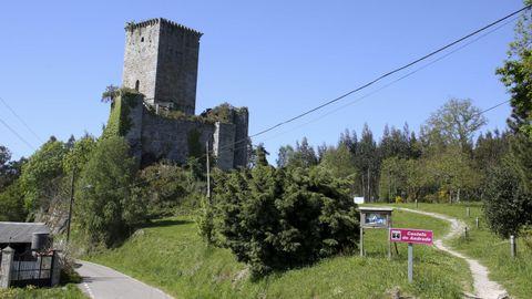 Por el castillo de Andrade pasaron unas cien personas cada día del fin de semana