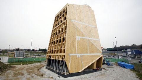 La estructura del Impulso Verde es un juego de ángulos y formas que demuestran las posibilidades constructivas de la madera