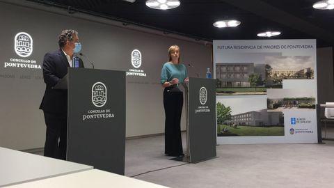 El alcalde y la conselleira de Política Social presentaron el proyecto de residencia para la tercera edad el pasado mes de octubre