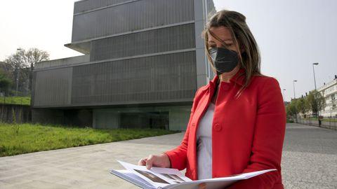 La alcaldesa desgranó el dosier de 120 fallos que recoge los desperfectos a solventar