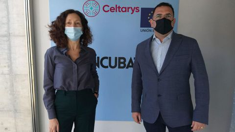 Sonia Martínez Arca, CEO de Celtarys Research, junto a Eddy Sotelo