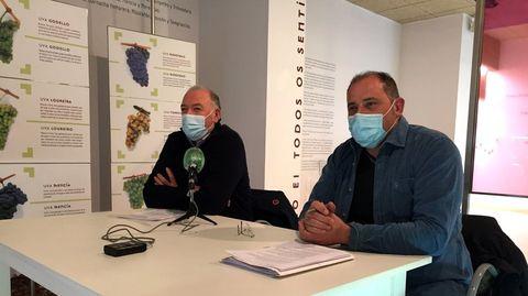 José Manuel Rodríguez, a la izquierda, en la presentación de una campaña promocional en el Centro do Viño