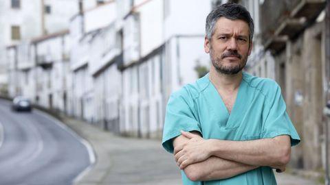 Ignacio Novo trabaja como internista en el hospital de Barbanza y fue el responsable médico en Porta do Camiño y en el Cegadi