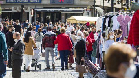 Ambiente en el mercado de Cee este domingo