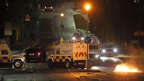 Disturbios durante la noche del domingo en Belfast