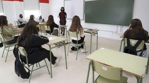 Clase en un instituto de Santiago