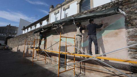 Segundo día de traballo no mural do Centrad