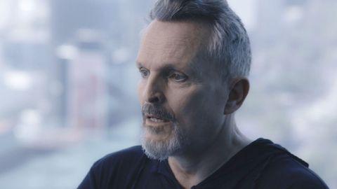 Miguel Bosé durante la entrevista