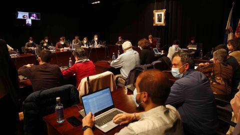 Imagen del pleno celebrado este lunes por la corporación municipal de Pontevedra
