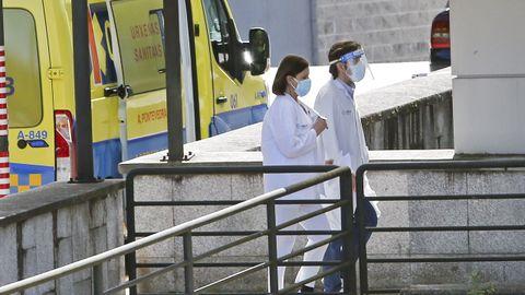 Exterior del hospital Montecelo, en Pontevedra, donde este martes hay 19 pacientes covid ingresados en planta y 3 graves en la uci