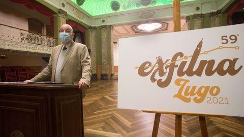Un logotipo al detalle. El cartel de la exposición está conformado por la muralla de Lugo (en la X), la catedral (en la L) y el tramo de la provincia del Camino Primitivo, con la parada de la ciudad de Lugo en el punto de la letra I