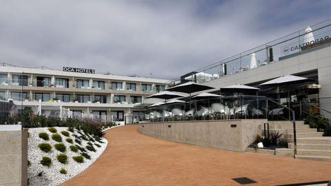 Es el primer establecimiento hotelero de cuatro estrellas del municipio focense