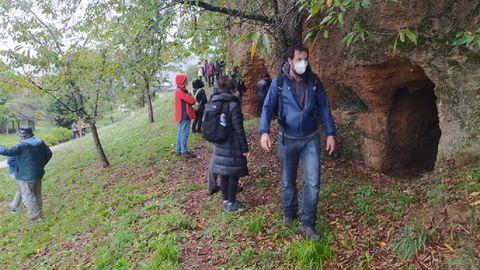 Una visita guiada a las minas de oro romanas de Margaride de Lor ?en el municipio de Quiroga?, una de las actividades de divulgación que se pudieron realizar en el geoparque a pesar de la crisis sanitaria