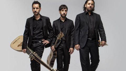 Los hermanos Zapico interpretan música barroca.