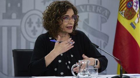 La ministra de Hacienda, en la rueda de prensa posterior al Consejo de Ministros