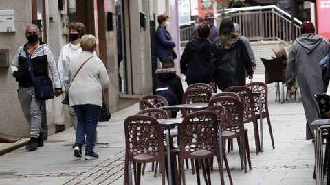 En Ribeira, donde se triplicaron los casos en dos semanas, desde este viernes solo se pueden utilizar las terrazas