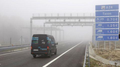 Imagen de una autovía portuguesa con las tasas que se cobran por su uso