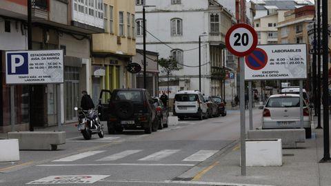 Avenida da Mariña, en Foz, limitada a 20 km/hora tras ser reformada en años pasados