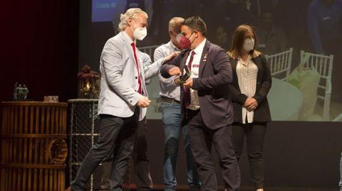 Premio para el grupo BNI Dolmen de Dombate