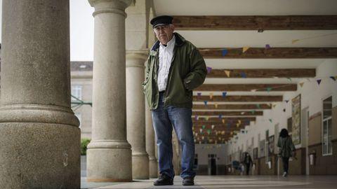 José Jaime Vázquez, en el patio del colegio Salesianos de Ourense