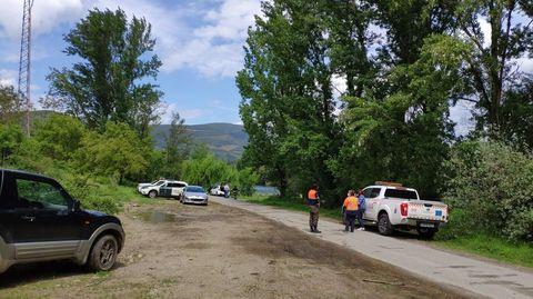 Este es el lugar en el que fue encontrado el cuerpo, junto a una carretera local que lleva hasta la orilla del río Sil