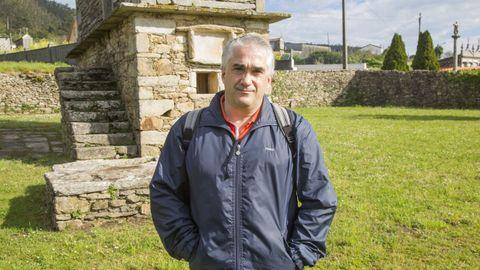 Félix Neira, ponente