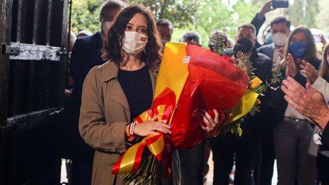Isabel Díaz Ayuso, este domingo, en un mitin en Alcorcón