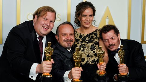 También, el de mejor sonido, un apartado donde fueron galardonados los mexicanos Jaime Baksht, Michelle Couttolenc y Carlos Cortés