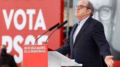 El candidato socialista Ángel Gabilondo, en un mitin el pasado domingo