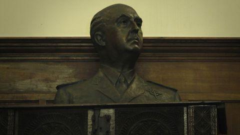 Busto de Franco en el pazo de Meirás