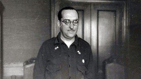 Comandante Caballero, jefe de los Guardias de Asalto en Oviedo durante la Guerra Civil, en una imagen de 1937
