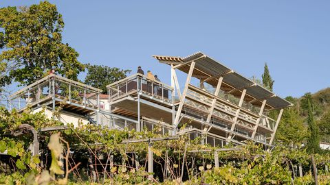 Otra perspectiva del mirador. Arquitectos: Arrokabe / Estructuras: Mecanismo