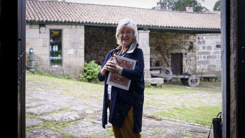 María Victoria Carballo-Calero, retratada na Casa Grande de Otero Pedraio en Trasalba