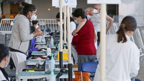 Punto de vacunación en el recinto ferial de Pontevedra