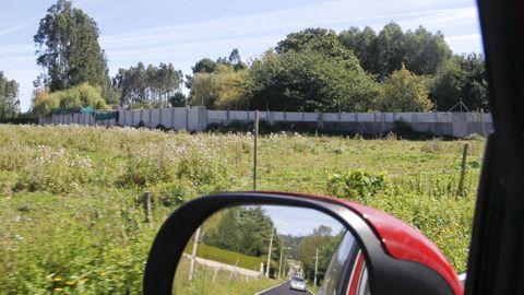 El campamento A Poliña, en San Mateo, cerrado con muralla y vegetación, también fue objeto de registro