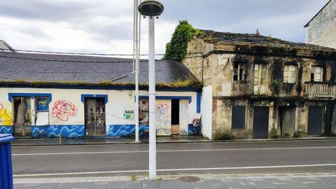 Imagen de varias de las viviendas de Suasbarras en las que el Concello actuará de manera subsidiaria