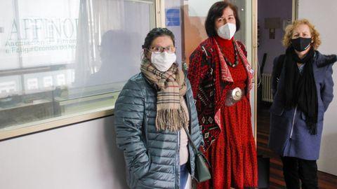 Susana Graña , Elena López y Esther Guimare, de la Asociación Affinor y afectadas por fibromialgia