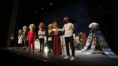 Día de la Ciencia en A Coruña, que este año se celebró en el Teatro Colón en vez de en su tradicional ubicación del parque de Santa Margarita