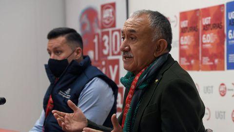 El secretario general de UGT, Pepe Álvarez y su homólogo en Asturias, Javier Fernández Lanero