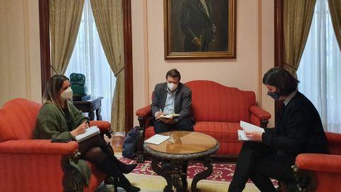 Reunión de la alcaldesa y del edil de Urbanismo con la presidenta del Colexio de Arquitectos
