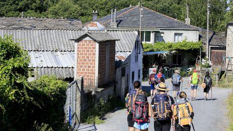 Las viviendas deben estar en el propio trazado del Camino
