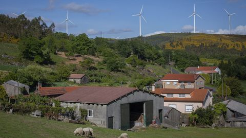 Parque eólico en Monte Corzán (Negreira)