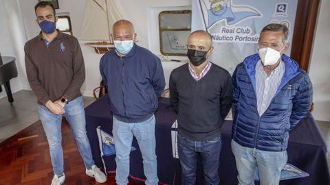 Los ediles de Deportes y Turismo, Juan Pouso y Manel Deán; el comodoro del club, Fernando González, y el vicecomodoro, José García, presentaron la prueba