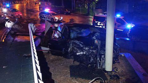 El resultado del aparatoso accidente en el campus de Lugo