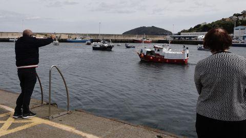 La protesta de la bajura en el puerto de Celeiro
