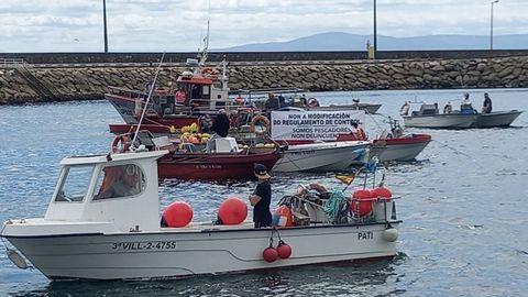 Pesqueros en la protesta en A Pobra do Caramiñal