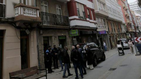 Calle Orzán, donde reside la anciana de 100 años cuyos vecinos temieron por su vida