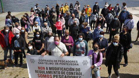 Mariscadoras y mariscadores de Lourido secundaron la protesta en Poio